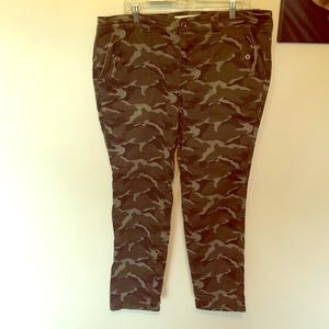 Torrid camouflage pants size 18